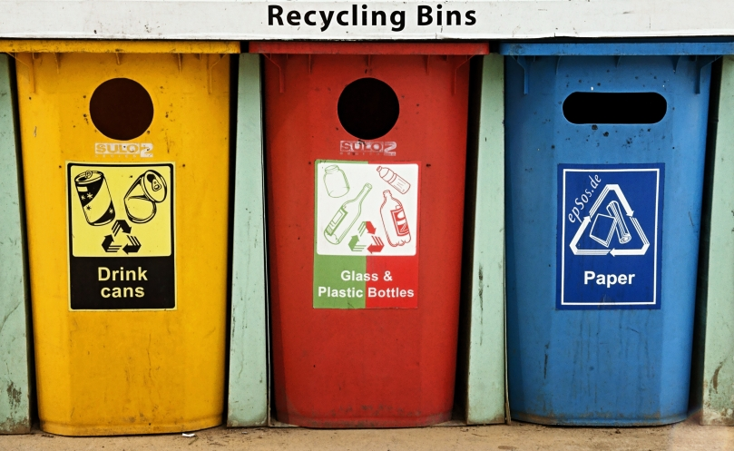 Colorful_Recycling_Containers_for_Trash